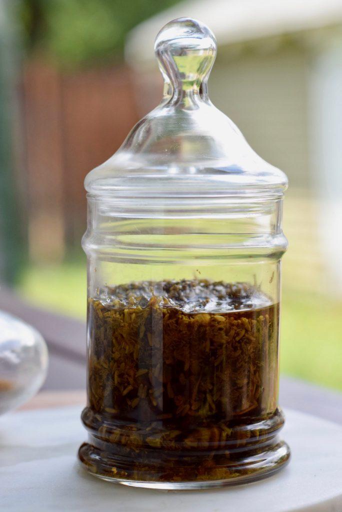 Tinctures 101: 3 Potent Cannabis Tincture Recipes | Wake + Bake