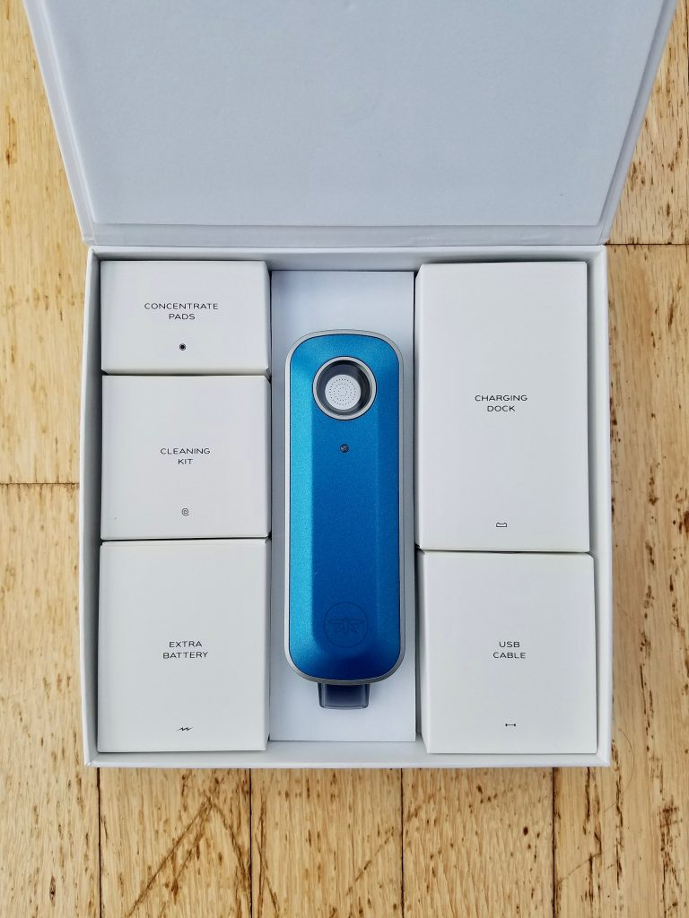 what does the firefly vaporizer look like