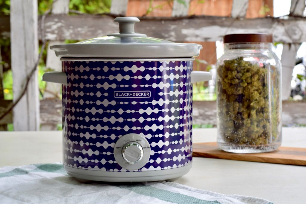 Crockpot Method for MCT Cannabis Tinctures